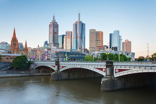 640px-Melbourne_Skyline_and_Princes_Bridge_-_Dec_2008